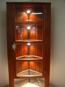 FUR.CAB.27   Corner display cabinet
